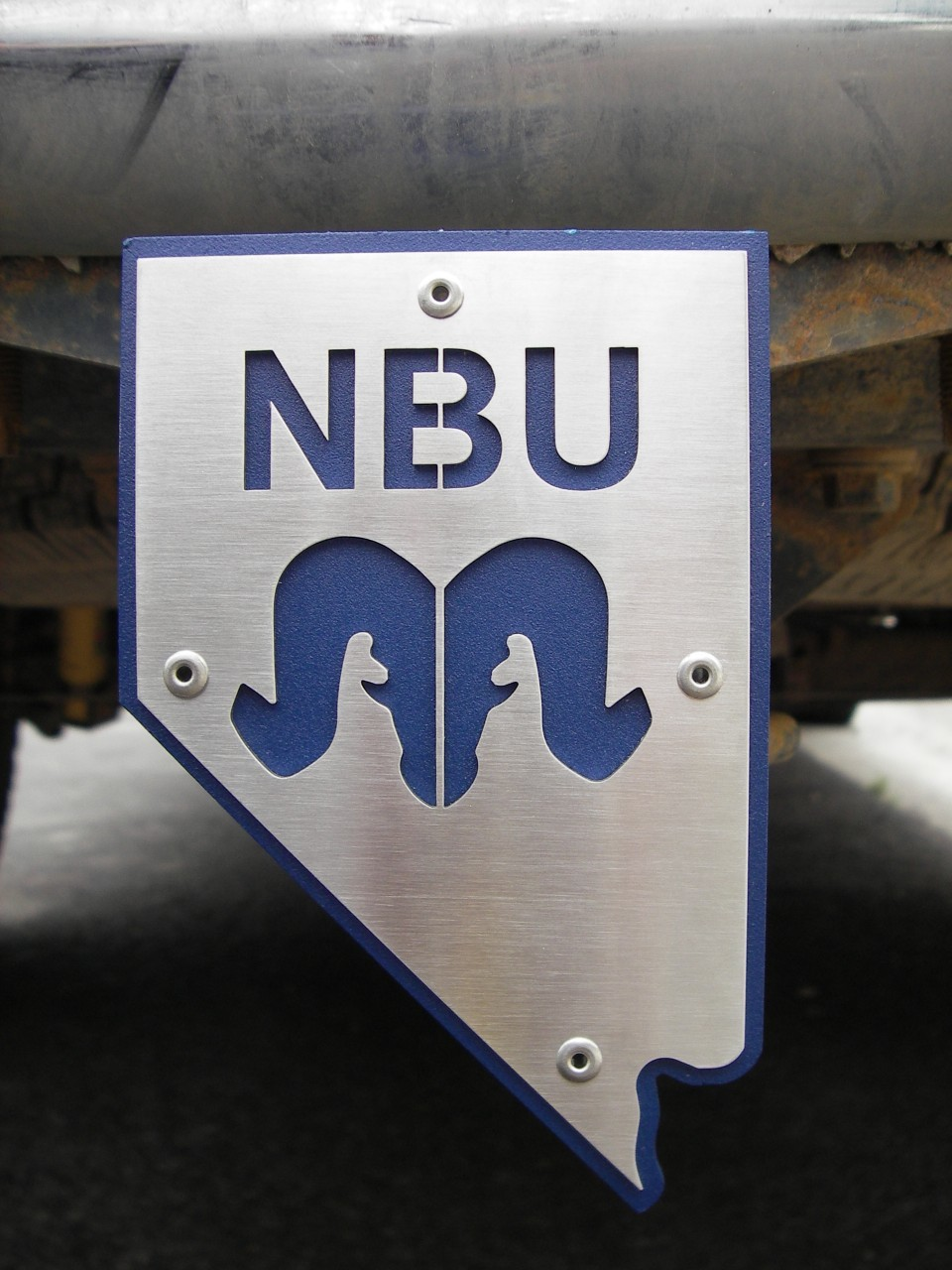 NBU Hitch Plug